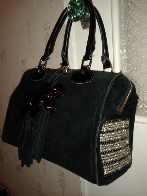 6d6081f75fb0 Ice-ity — Замшевые сумки со стразами