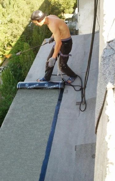 Ремонт отливов на балконе..