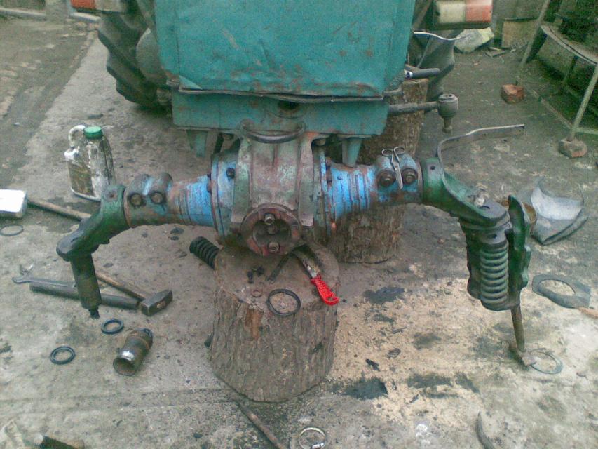 Передний привод на трактор