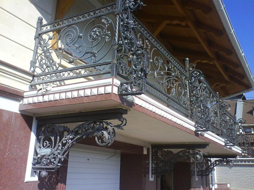 Бельцы.расширение реставрация реконструкция балконов под клю.