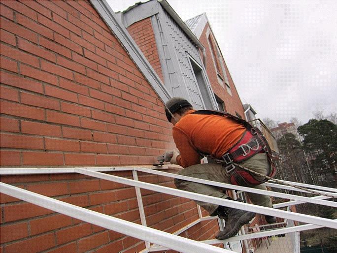 Бельцы изготовление монтаж козырьков навесы усиление балконо.
