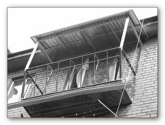 Бельцы. изготовление крыш над балконами расширение утепление.