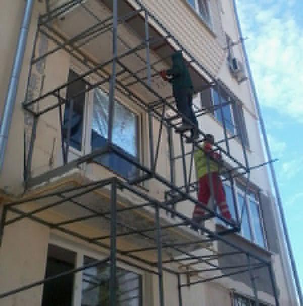 Как выдвинуть парапет на балконе в хрущевке.