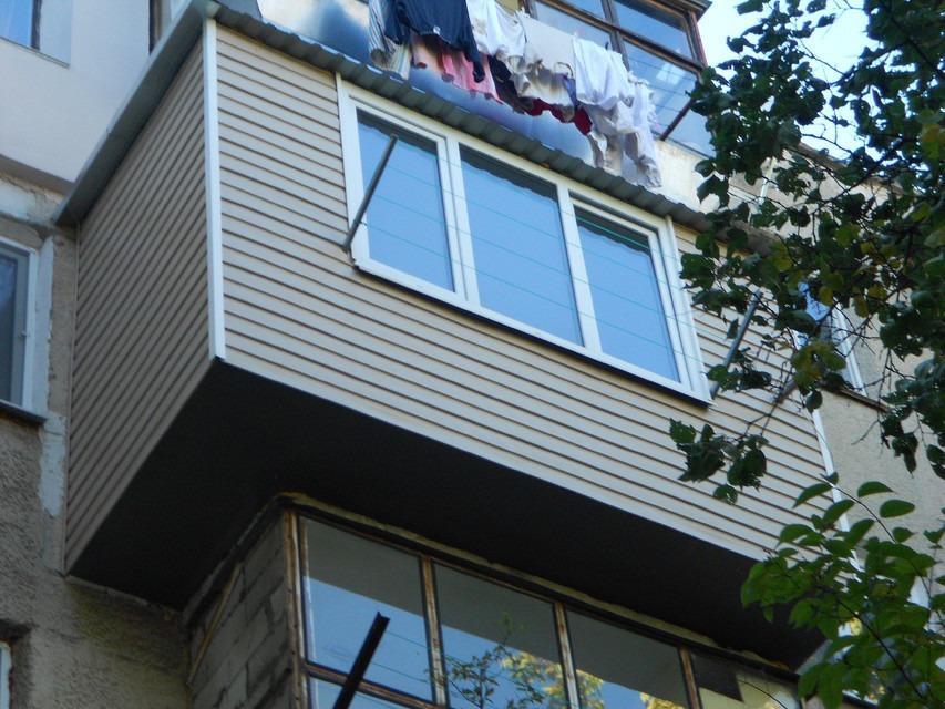Бельцы! обшивка балкона сайдингом!! утепление! расширение! б.