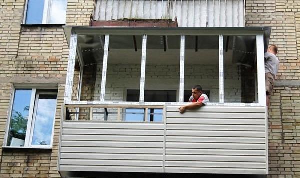 Установка сайдинга на балконе своими руками видео