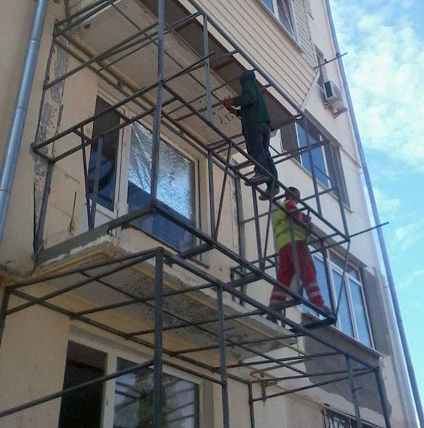 Бельцы. ремонт балконов расширение удлинение утепление балко.