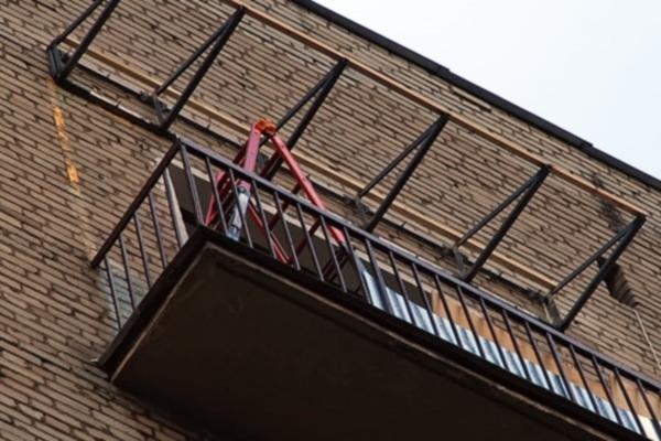 Благоустраиваем балкон, как сделать крышу на балконе, делаем.