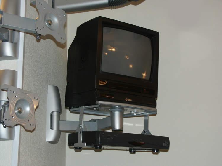 Как сделать самому полку для телевизора