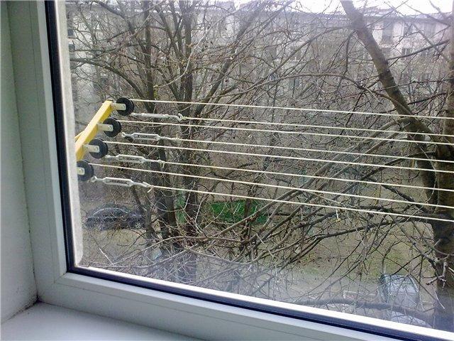 Как сделать сушку белья за балконом 408