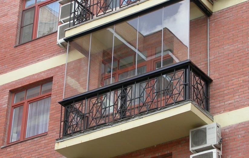 Остекление балкона оконный эксперт.