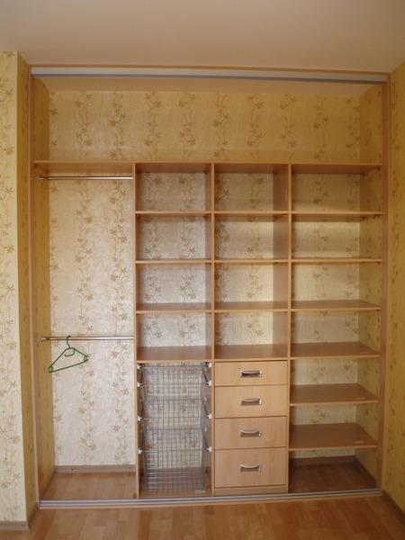 Многофункциональный встроенный шкаф своими руками