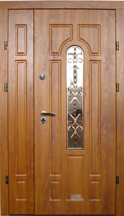 металлические двухстворчатые уличные двери со стеклом в наличии