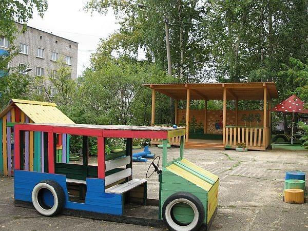 Машины на детскую площадку