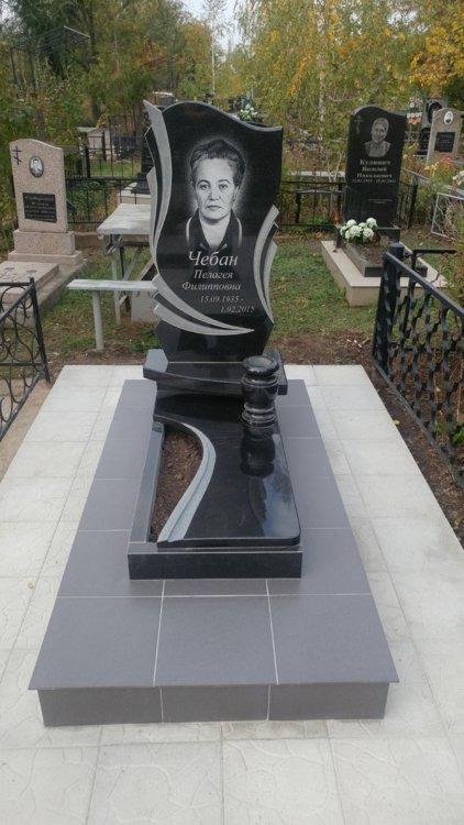 Изготовление памятников 02 памятник на могилу в чехове