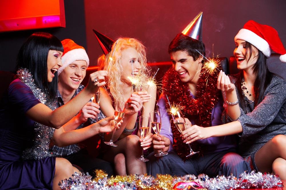 Фото ночной москвы новогодней сделать пилу