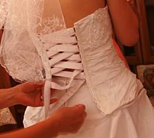 Продам красивое свадебное платье, р. 40-44