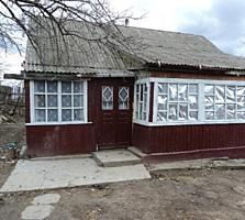 Vind casa in Singera (suburbia or. Chisinau) sau schimb pe auto + bani