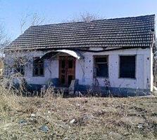Дом, г. Дубоссарская прописка, много земли. Цена 3000 $