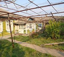 Отличный сельский дом в Унгенском р-не.