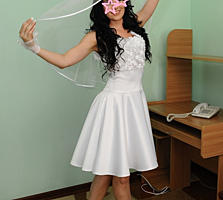Короткое свадебное или для росписи платье