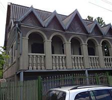 Оргеев, Продается 3-этажная дача, 6 соток.