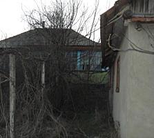 10 ari 12 km de Chishinau 5900 euro