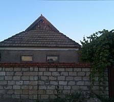 Котельцово-бутовый дом в Парканах