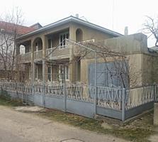 Продаю дом двухэтажный в зоне Байдукова, ул. Лэутарилор
