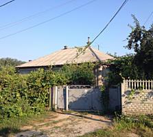 Дом в Кагуле, 6 комнат, 8 соток, 140 кв. м. 40000 евро.
