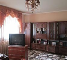 Сынджера, в центре, мебель, ремонт, возможен обмен на квартиру.