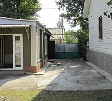 Продается дом в центре г. Бельцы, район детского парка