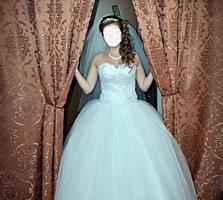 Свадебное платье 1300 р + перчатки, бижутерия.