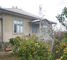 Хороший дом, в хорошем месте + 40 соток. с. Мошаны. р-н Дондюшаны.