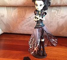 Продаю кукол Монстер Хай, оригинал, недорого.