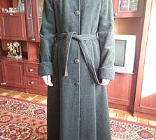 Пальто женское р-р 46, новое