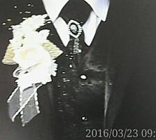 Новый шикарный свадебный костюм-тройка, 48 р-р