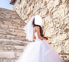 Недорого. Свадебное платье