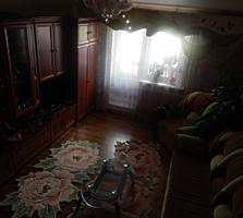 Se vinde apartament cu 3 odăi, etaj 4/5
