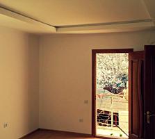 Se vinde casa cu 2 nivele in centru capitalei
