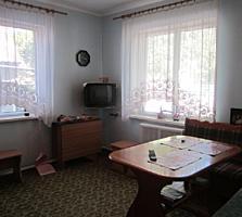 Дом 2-этажный жилой центр Б. Хутора, торг уместен