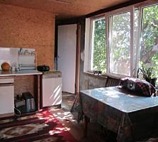 Дом Кировский удобства ц/канализация, теплые полы, 6 соток.