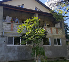 3-этажный дом в центре