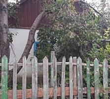 Срочно! 1/2 дома, участок 7 сот, на Мечникова, асфальт, можно под снос