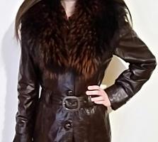 прекрасная кожаная куртка