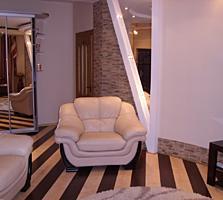 Просторная, новая квартира в кирпичном доме, евроремонт, меблирована