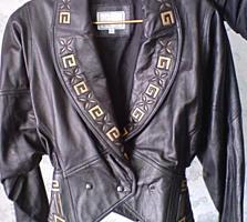 Немецкие женские куртки, из натуральной кожи, размеры 46 - 48.