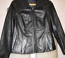 Курткa из натуральной кожи в идеальном состоянии