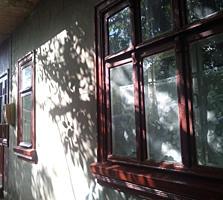 В Бельцах продам крепкий дом. Высота потолка 3 метра. Цена окончательная