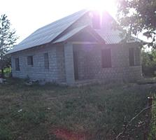 СРОЧНО!!! Продается дом!!!! С. Стурзовка в 15 км от города Бельц