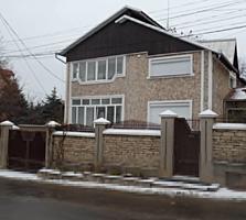 Продаётся дом на Телецентре расположенный в элитном спальном районе.